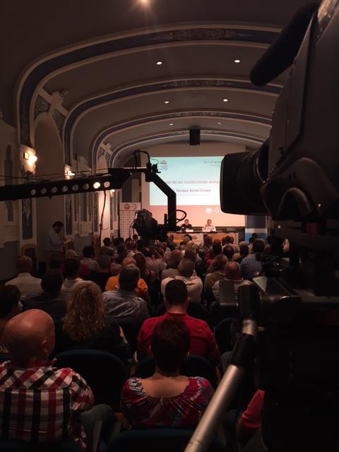 Aspecto de la sala del Centro Cultural Antiguo instituto Jovellanos durante la intervención de Javier Barón.