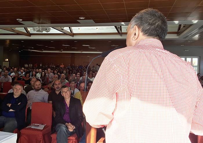 Pepe Álvarez se dirige a la asamblea.