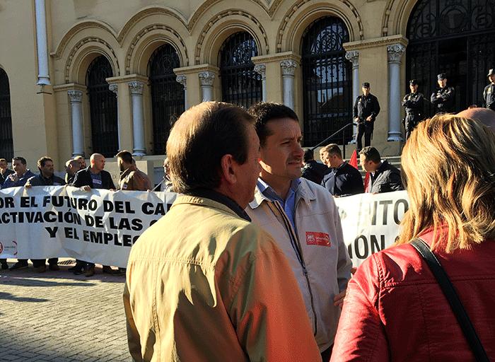 Javier Fernández Lanero acudió a apoyar la concentración.